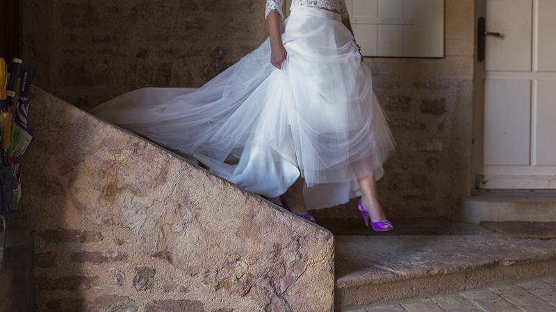Un Mariage en bourgogne à Chasselas, avec une robe Fabienne Alagama